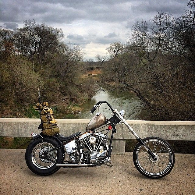tikitodd:  @desovtk and his righteous '59 Pan/shovel. #chopper #choppershit by choppernation http://ift.tt/1BZcF9b   Pan/shovel