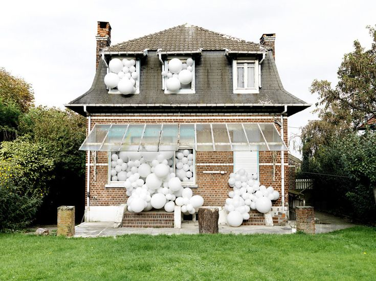 charles pétillon erupts balloon invasions from urban landmarks