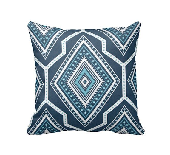 best 25 pillows for couch ideas on pinterest farmhouse sofas and sectionals neutral couch and farmhouse placemats