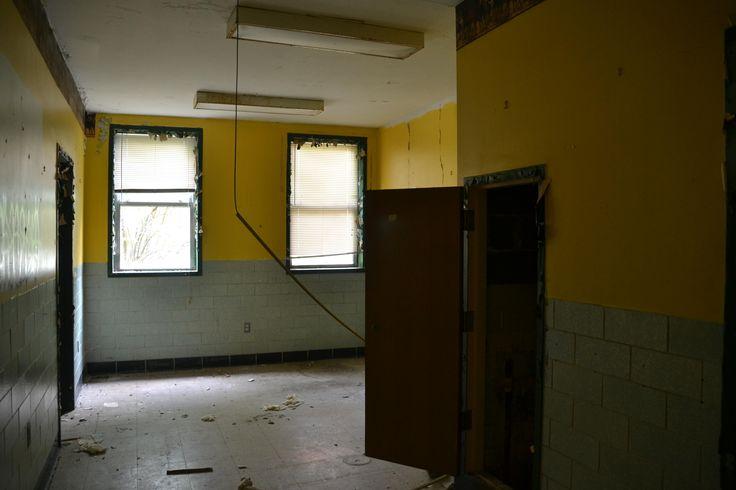 State Hospital Room [OC] [4608x3072]