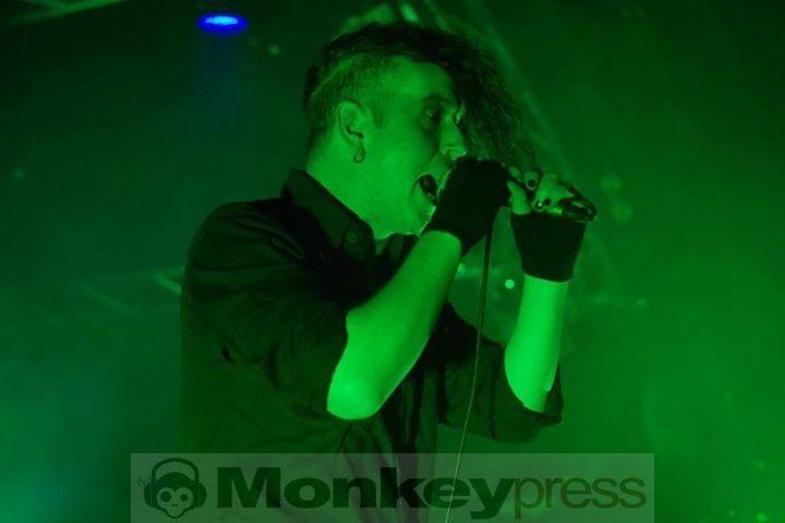 PROJECT PITCHFORK  Hamburg Markthalle (10.12.2016)   monkeypress.de - sharing is caring! Autor/Fotograf: Marius Meyer Den kompletten Beitrag findet Ihr hier: Fotos: PROJECT PITCHFORK  http://monkeypress.de/2016/12/fotos/fotos-project-pitchfork-5/