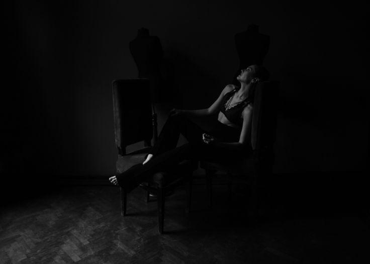 https://flic.kr/p/ELdPrN   Loves    Make-up Artist: Andra Diac Designer: Laura Chiriţă Bra: Xlee