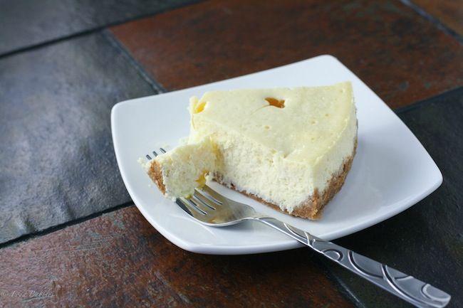 Mango Habanero Cheesecake - FoodBabbles.com #cheesecake #mango #recipe