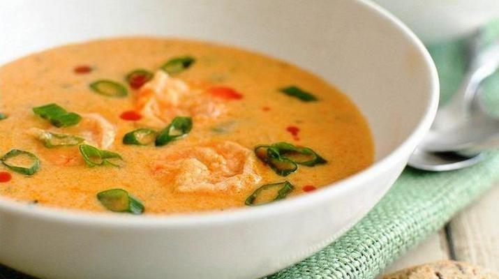 Всего 30 мину и вкусный и ароматный суп на Вашем столе. Красивое густое первое блюдо придется по вкусу Вашим домашним.