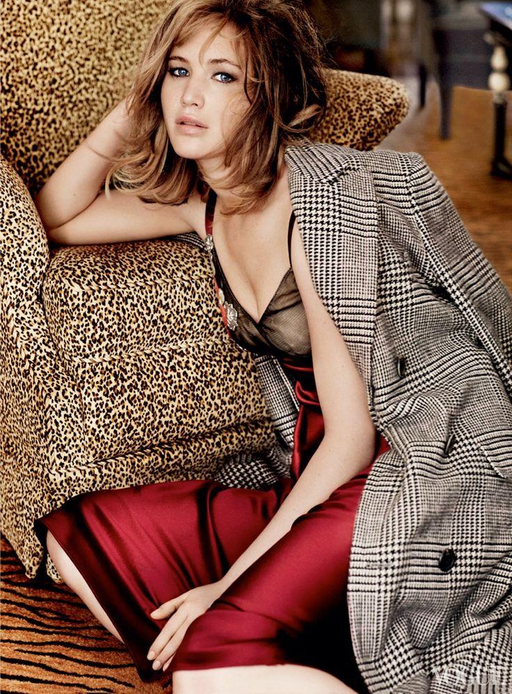 j law shoot2 See More of Jennifer Lawrences Shoot for Vogue