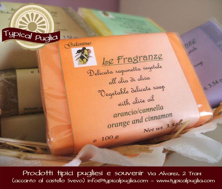 Saponi con fragranze, all'olio extra vergine di oliva  TYPICAL PUGLIA Prodotti Tipici pugliesi e souvenir Via Alvarez, 2 (accanto al Castello Svevo) - 76125 Trani (BT) - Italy Telefono: 0883 956524 E-commerce Website: www.typicalpuglia.com E-mail: info@typicalpuglia.com