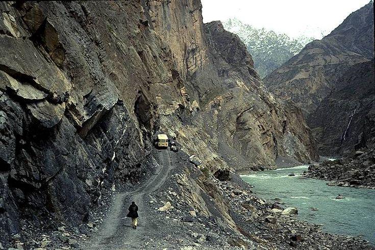 Región de Pamir, Tayikistán : ¿Siempre al borde del desastre? / @gvenespanol | #centralasia