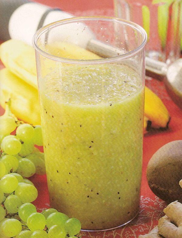 Apfel Weintrauben Smoothie - Rezept. Je 100 g. enthalten nur 57 kcal ! Es ist sehr gesund, lecker und macht man ganz einfach. Schauen Sie mal den Rezept an.