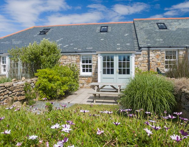 Round Island Holiday Cottage.   Round Island is a charming two bedroom self catering holiday cottage, situated at Longships Watch, Sennen Cove, Cornwall, offering spacious accommodation for 4 guests.