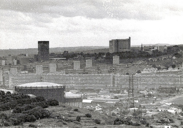 Great photo that shows the huge scale of the now demolished Kelvin Flats #socialsheffield #sheffield