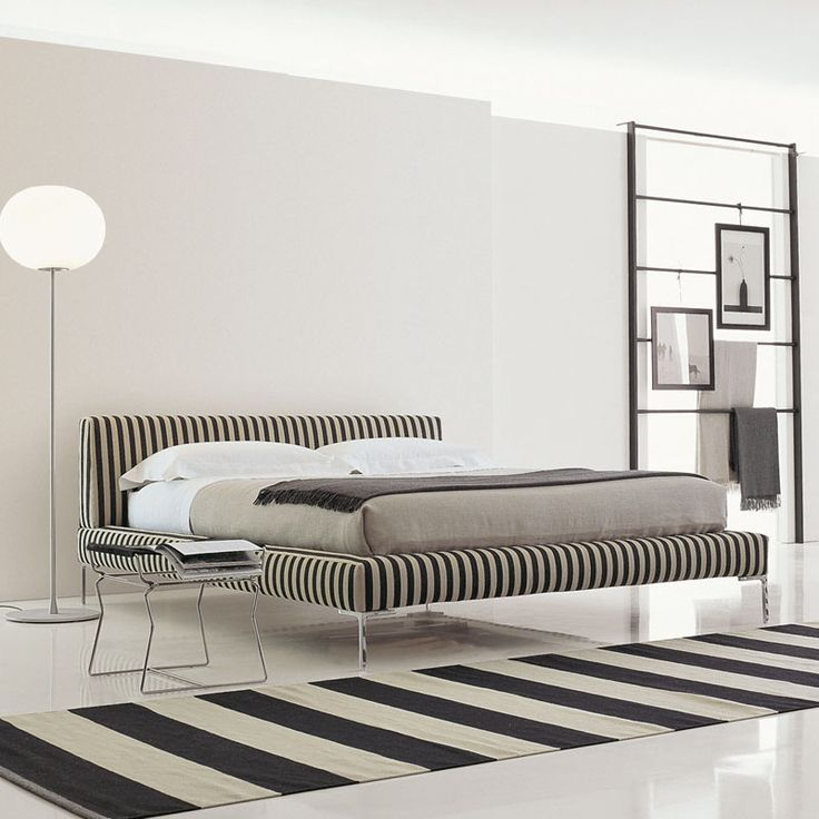Charles LC180 211x236cm bed by B\B Italia for 180x200cm mattress - neue schlafzimmer look flou