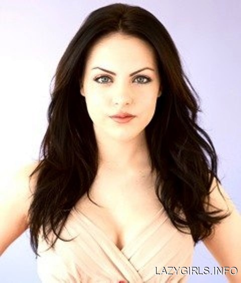 """ELIZABETH EGAN """"LIZ"""" GILLIES (born July 26, 1993) is an American actress, singer and dancer. She is best known for playing the role as Jade West on Victorious. She made her Broadway debut at age 15 in the musical 13 as the character Lucy. She also voices the character Princess Daphne on the animated series Winx Club."""