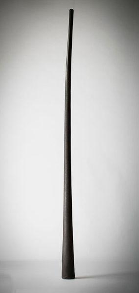 Key of E Maker: Jon Worsley Length: 174cm Key: E Horn/Toot: E Bottom End: 15cm Material: 100% Hemp Fibre Mouthpiece: Internal Diameter 30mm-32mm Weight: 2.9kg Approx Origin: 28° 33' S / 153° 29' E Tuning: 440 Hz