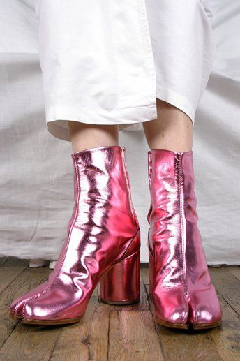Metallic boots. @thecoveteur