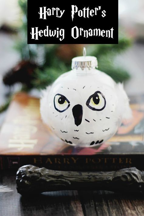 DIY Harry Potter's Hedwig Christmas Ornament. This simple Harry Potter craft is fun to make with the kids. Let Hedwig deliver their Santa letters from your tree this season.