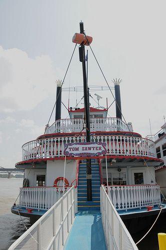Tom Sawyer River Boat - ST LOUIS MO