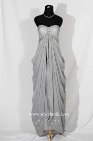 beautiful dress<3