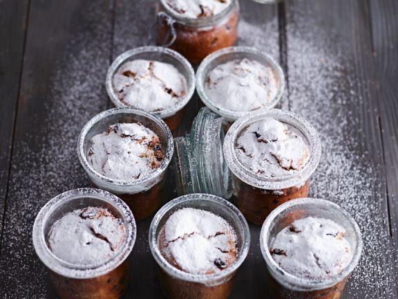 Kleine Stollen im Glas ist ein Rezept mit frischen Zutaten aus der Kategorie Gebäck. Probieren Sie dieses und weitere Rezepte von EAT SMARTER!