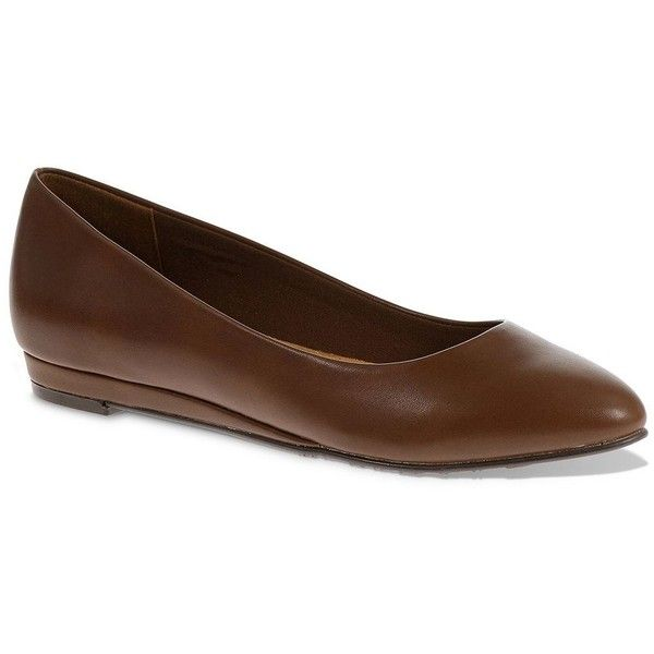 Soft Style by Hush Puppies Darlene Women's Skimmer Flats (165.930 COP) ❤ liked on Polyvore featuring shoes, flats, brown, planet shoes, brown ballet flats, ballet flats, ballet flat shoes and flat shoes