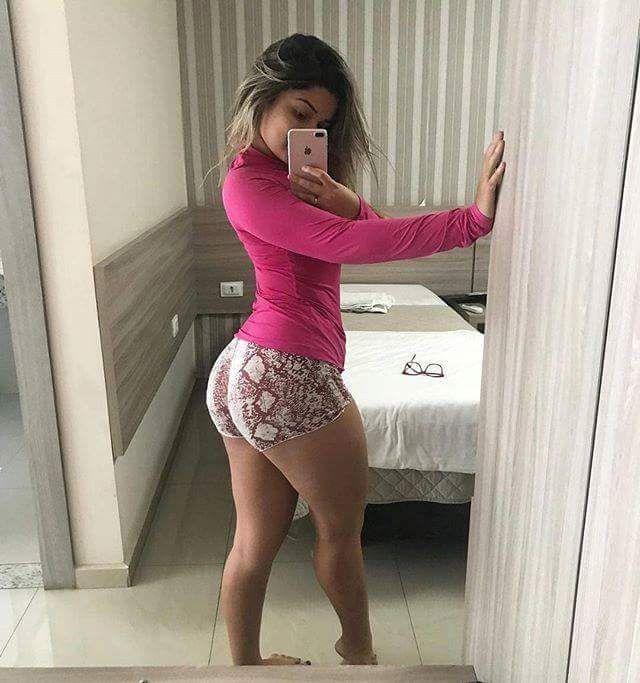 Sexy White Girl Deepthroat