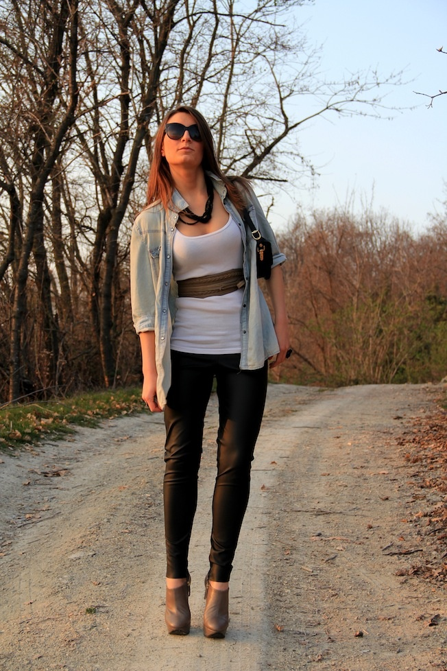 jeans and leather!