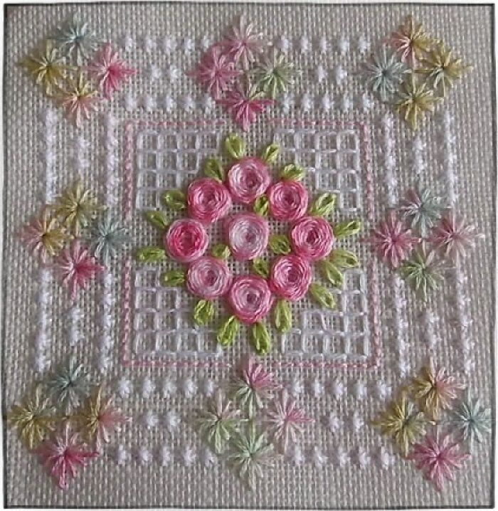 I ❤ embroidery . . . just lovely