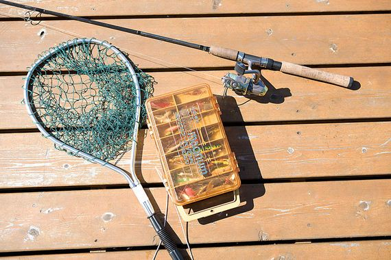 Best fishing days 2017 tackle box for Farmers almanac for fishing