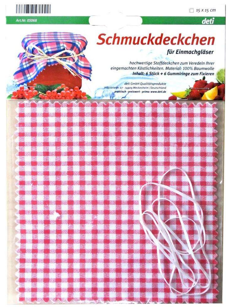 Afdekdoekjes voor inmaakpot € 4,50 Deze rood-wit geruite doekjes zijn geschikt voor het decoratief afdekken van inmaakpotten met zelfgemaakt jams, chutneys, compotes e.d.. De doekjes zjin gemaakt en 100% katoen. Elastiekjes voor het fixeren zijn bijgesloten. De set bevat 6 doekjes. Merk Kitchen Basics Kleur Rood + Wit Hoogte 15 cm Breedte 15 cm Diepte 0.1 cm Verpakking kaart Materiaal Textiel + Elastiek