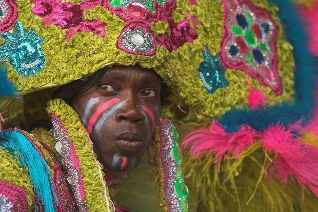 Le festival du jazz et de l'héritage culturel, en Louisiane Chaque année, entre avril et mai, la Nouvelle-Orléans revendique sa réputation de capitale mondiale du jazz lors d'un festival d'une grande richesse culturelle. Le «New Orleans jazz and heritage festival» est en effet l'occasion pour les habitants de Louisiane de célébrer leurs racines, marquées par une importante diversité. La musique cajun, le zouk, la salsa ou encore le reggae viennent se mêler aux sons du jazz traditionnel…
