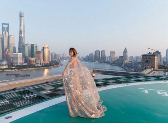 """Emma Watson veste Elie Saab em estreia de """"A Bela e a Fera"""" em Xangai (Foto:  Reprodução/Instagram)"""