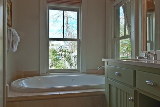 Green cabinets, North west and Vacation rentals on Pinterest