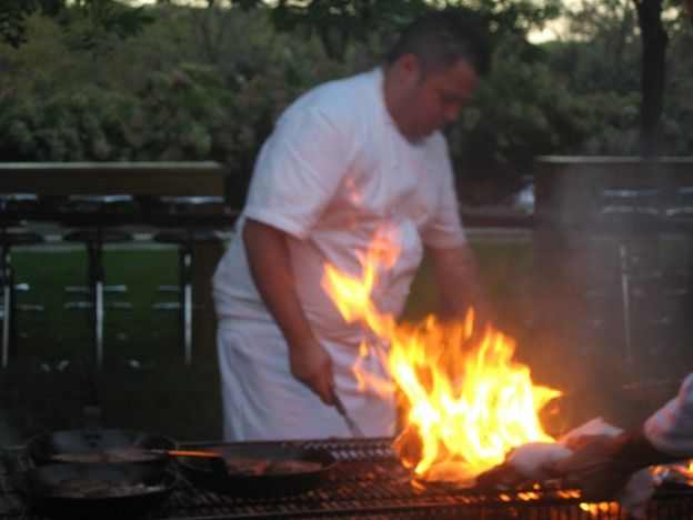 Chicago's 10 Best Barbecue Restaurants on Show Me Chicago http://www.chicagonow.com/show-me-chicago/2011/05/chicagos-10-best-barbecue-restaurants-for-2011-on-show-me-chicago/