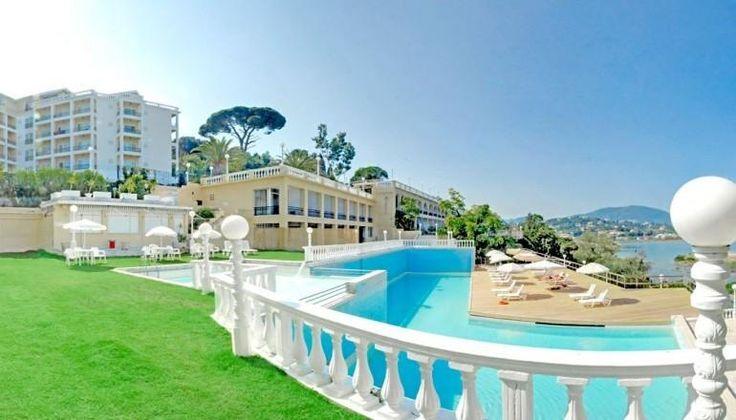 Royal Boutique Hotel στο γραφικό Κανόνι στην Κέρκυρα μόνο με 330€!