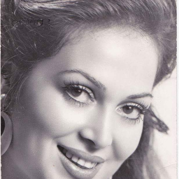 60.OLDUK @mrstraveler_ @mr_karakas #türkanşoray #turkansoray #filim #sinema #sultan #sketch #cinema #creative #yesilcam #Yeşilçam #illustration #actress #actor #artis #movie #star #draw #diva #paper #picture #pen #Turkish #turkiye #illustration #love #beautiful #istanbul