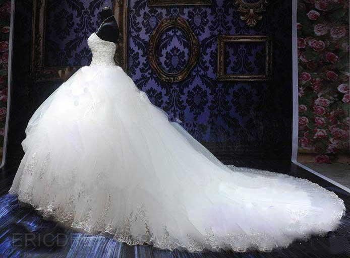 Great Ball Gown Sweetheart Appliques Cathedral Wedding Dress
