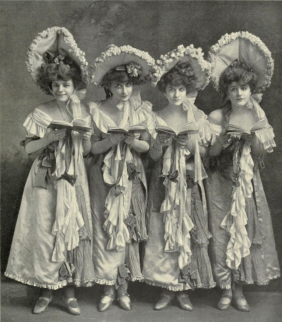 Four performers in the chorus from Sultan of Sulu, 1903.