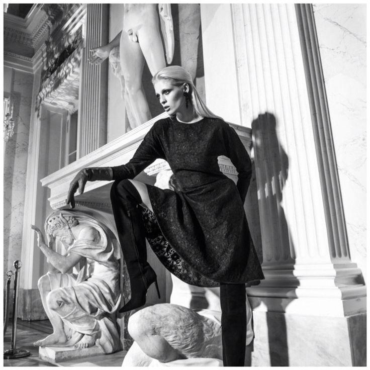 Trapezowa sukienka z koronki zimowej kolekcji duetu THECSDESS @radekrocinski @piotrsalata @loveconcept #moda