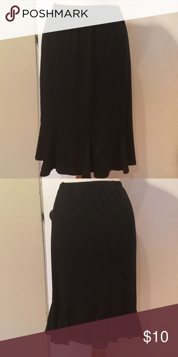 Susan Graver Ruffles Skirt Susan Graver ruffle skirt.Polyester and Spandex..Cute. Never worn.Non smoking home. Susan Graver Skirts Midi