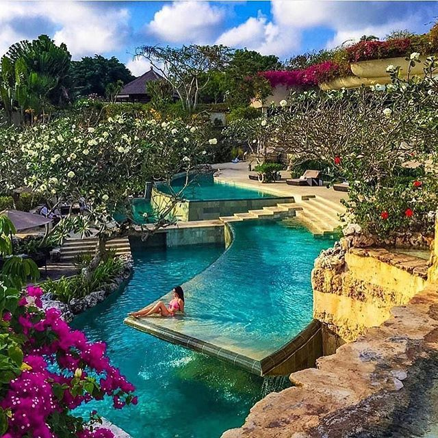 Follow @globefever for more. The amazing Ayana Resort in Bali courtesy of @laurenbaxter2