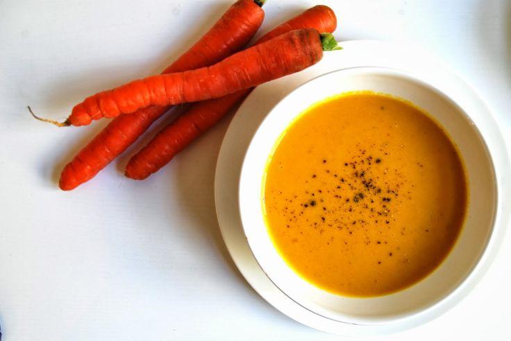 Just Another Food Story..: Høstsuppe: Gulrotsuppe med ingefær og kokosmelk...