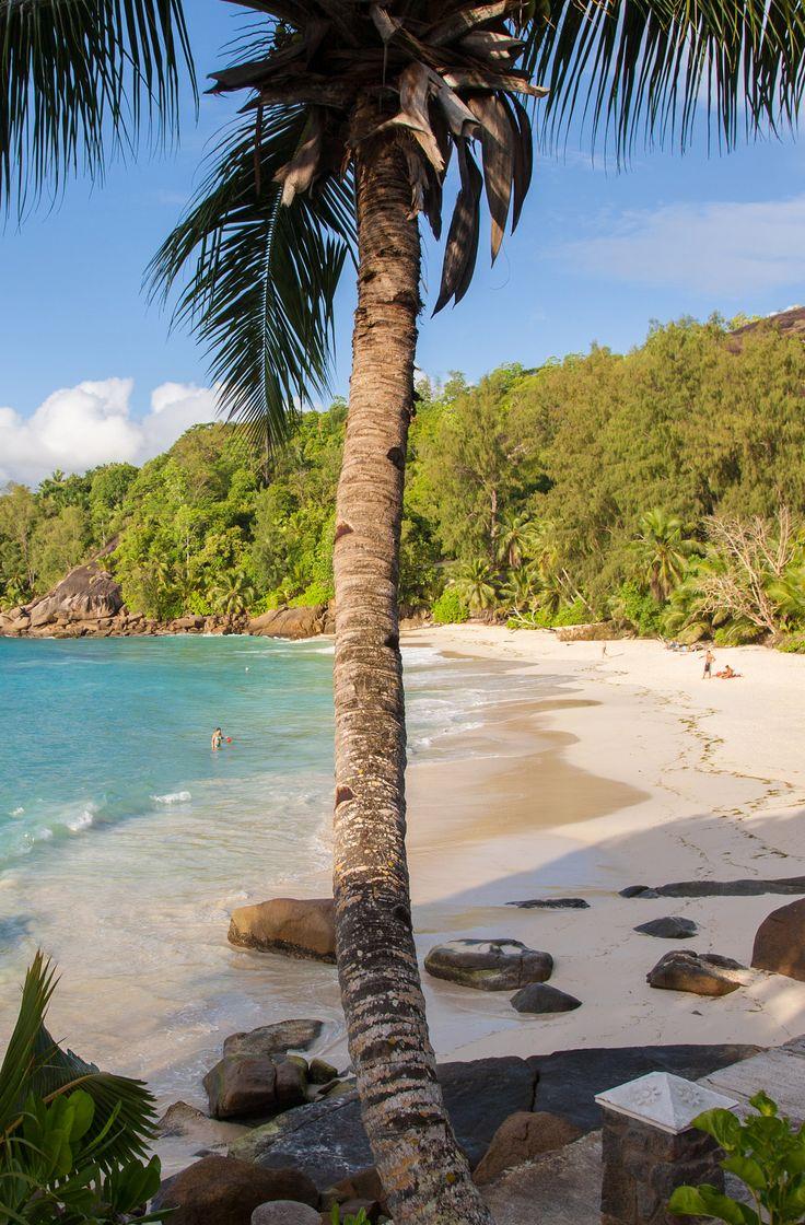 Anse Soleil beach. A nice hotel in Seychelles !