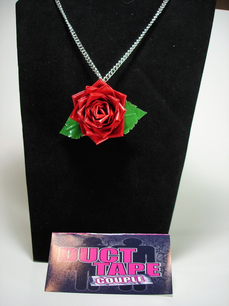 Duct Tape Rose Necklace, this is amazing! So pretty.