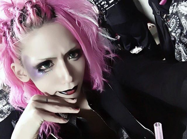 Kuu♡ (Vrzel) Kuu's Twitter's Update ■■■■■ #kuu #vrzel #kuuvrzel #vrzelkuu #visualkei #visualkeiband #vkei #jrock #jrocker #v系 #ヴィジュアル系