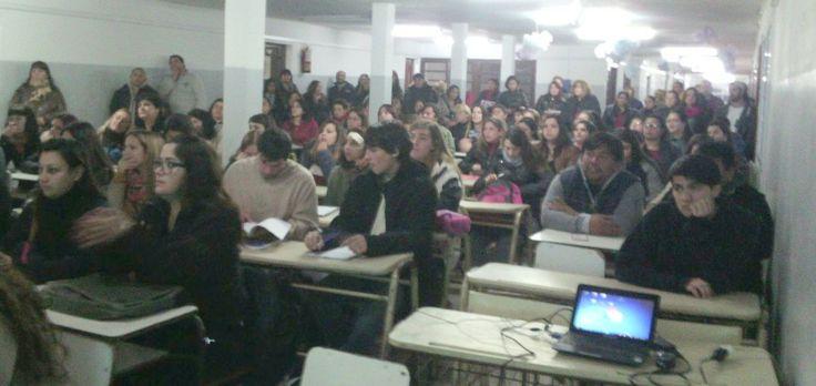 Se puso en marcha en la Escuela Primaria 10 de Villa Clelia, una nueva propuesta educativa impulsada por la Municipalidad. Los 220…