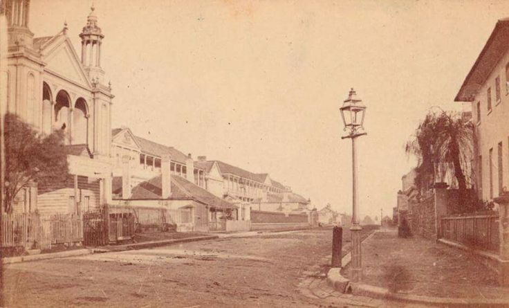 MacQuarie's St,Sydney looking south towards Hyde Park in 1864.