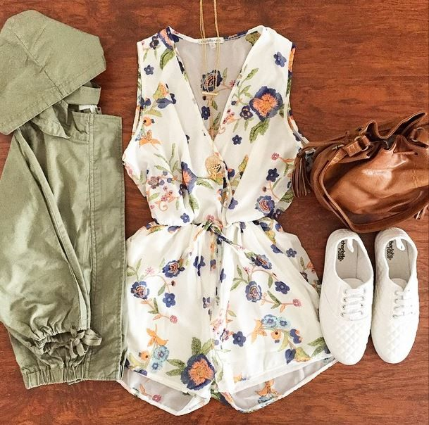 Hooded Dolman Sleeve Anorak Jacket at Charlotte Russe , Trendslove. Find  this Pin and more on Outfits Laid Out