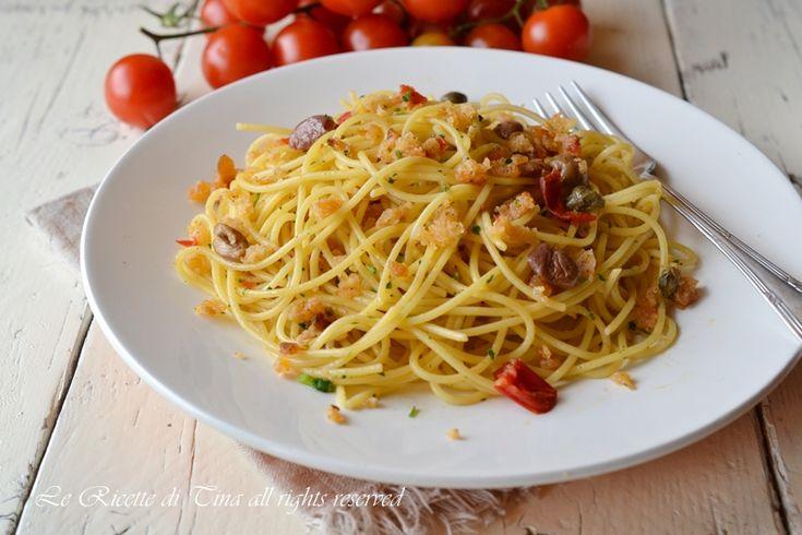 spaghetti con la mollica,spaghetti con pane raffermo,pasta con pane raffermo,le ricette di tina