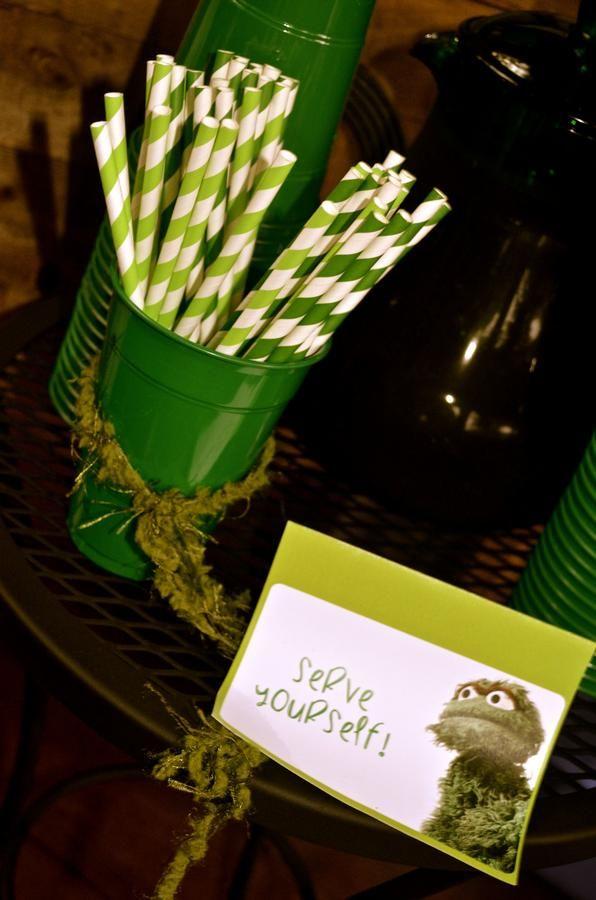 omgosh how cute! an oscar the grouch party (: