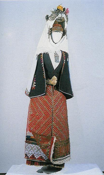 Woman's costume, end of the 19th century, the village of Lozarevo, Karnobat region (NEM)