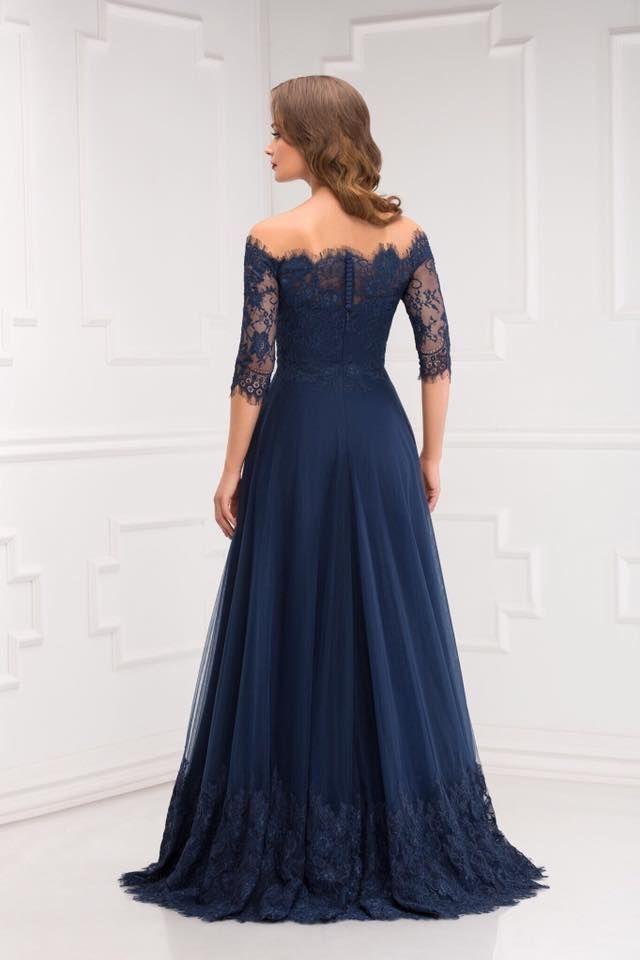 Aryanna Karen 2016 facebook.com/aryannakaren #eveningdress #coktaildress #madetomasure #lace #beauty #fashion #tulle #princessddress #bridemaiddress #rochiedeseara #dantela #tulle #rochieprintesa #domnisoaradeonoare